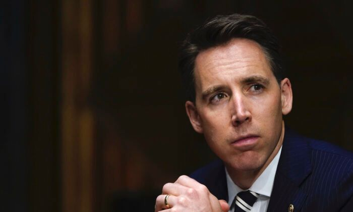 Sen. Hawley's Book Picked Up by New Publisher After Cancellation
