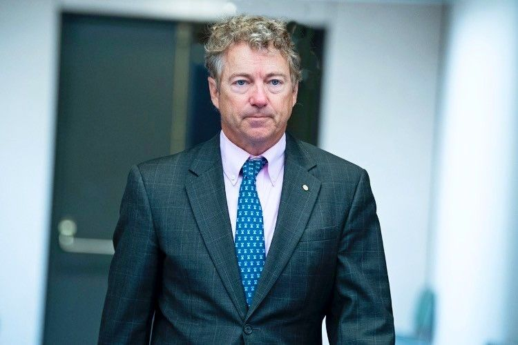 """Rand Paul Calls on Americans to Resist """"Anti-science"""" COVID-19 Mandates and Restrictions"""